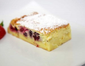 Gâteau magique aux fruits rouges