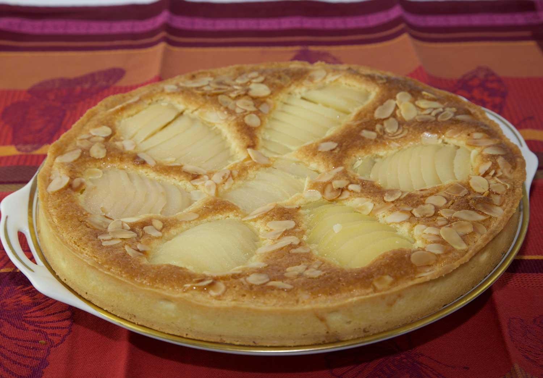 Tarte aux poires à la crème d'amandes